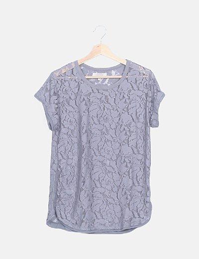 Blusa gris marengo crochet floral