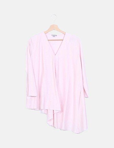 Blusa rosa asimétrica