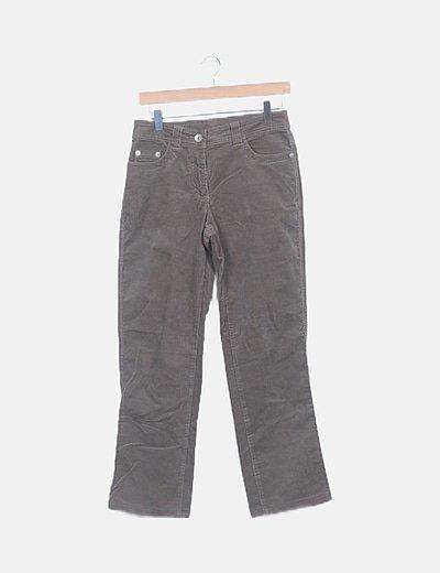 Pantalón marrón pana