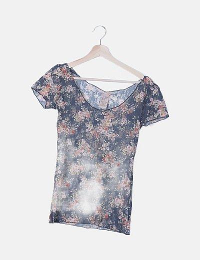 Camiseta de encaje floral