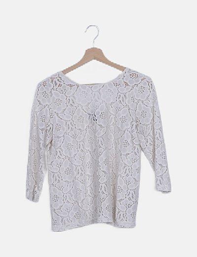 Camiseta beige crochet