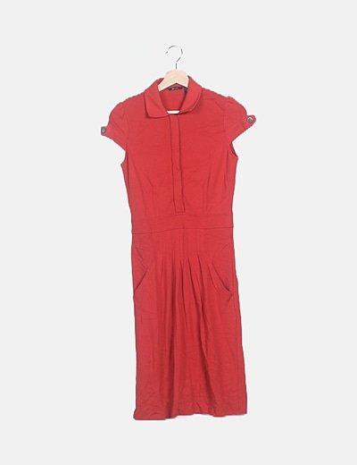 Vestido rojo detalle botones
