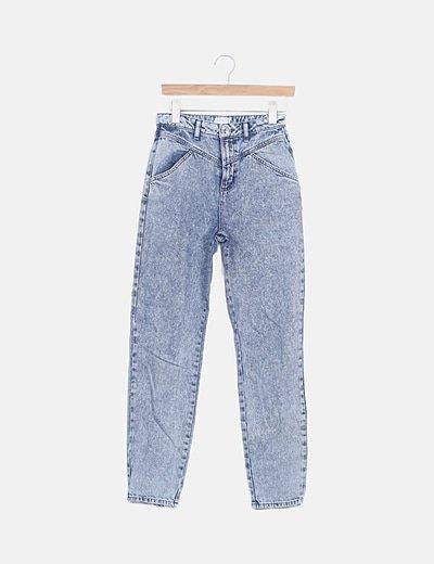 Jeans denim azul efecto desgastado