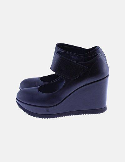 Zapatos negros cuñas