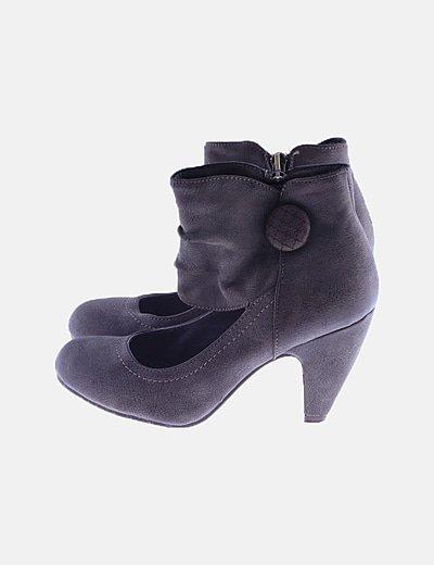 Zapato abotinado polipiel gris ácido