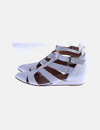 Sandalias blancas puntera