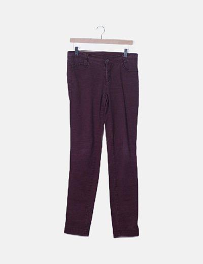 Pantalón recto berenjena