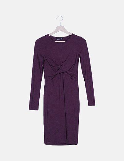 Vestido morado cruzado