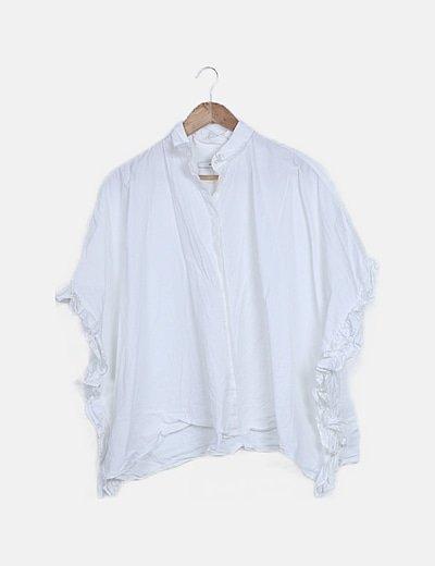 Camisa blanca mangas mariposa