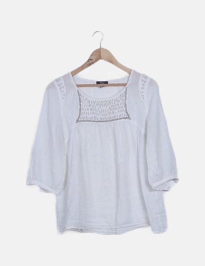 Blusa fluida blanca detalle strass