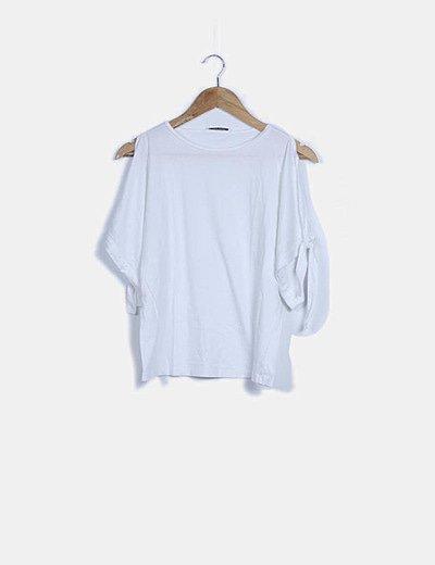 Camiseta básica blanca detalle lace up