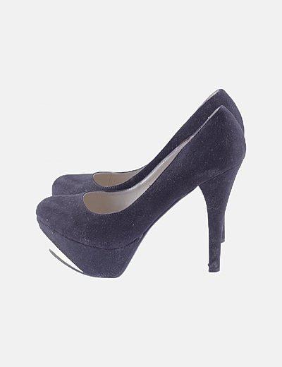 Zapato antelina negro de tacón