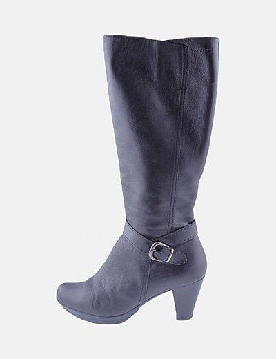 Botas altas negras con tacón
