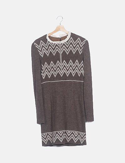 Conjunto vestido y chaqueta punto marrón detalles crochet