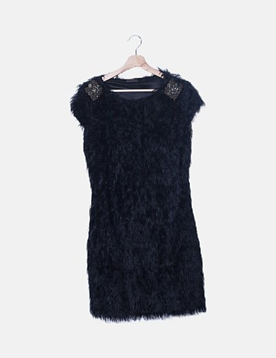 Vestido negro mini pelo