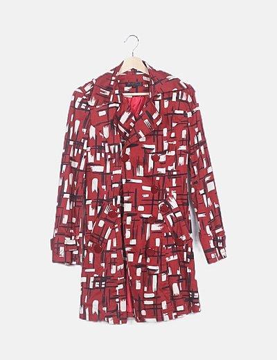 Abrigo largo rojo estampado