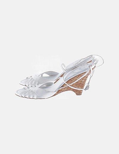 Sandalias blancas cuñas