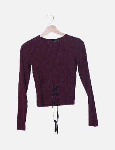Camiseta canalé granate detalel lace up