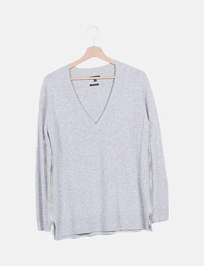 Jersey gris claro escote pico