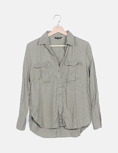 Camisa verde fluida