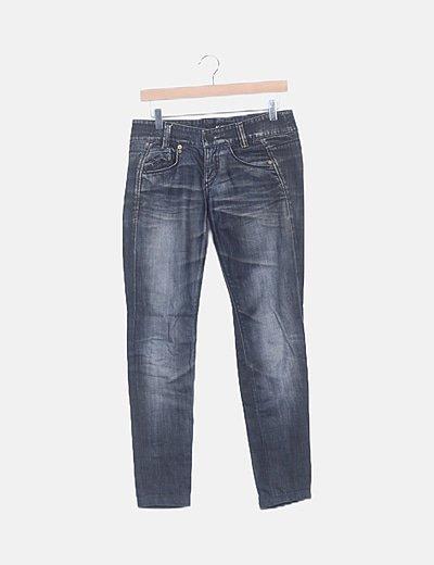 Jeans skinny efecto desgastado