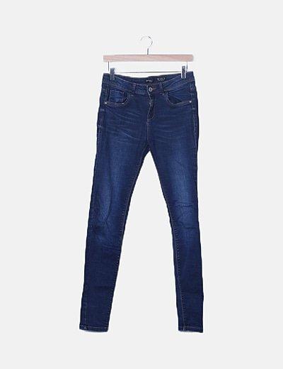 Jeans pitillos básicos