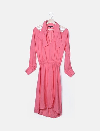 Vestido midi fluido rosa con aberturas