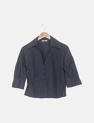 Blusa negra mangas fruncidas