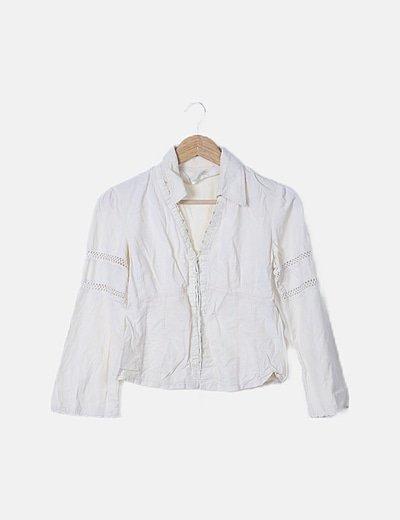 Blusa beige detalle crochet