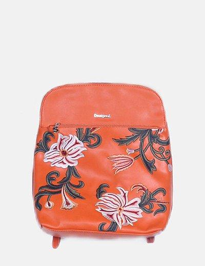 Mochila naranja bordado floral
