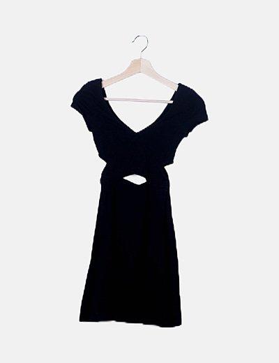 Vestido negro mini con aberturas