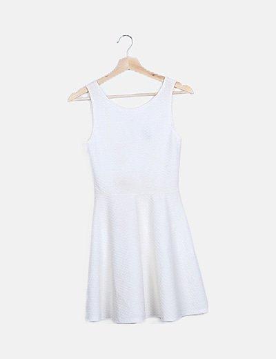 Vestido mini evase texturizado