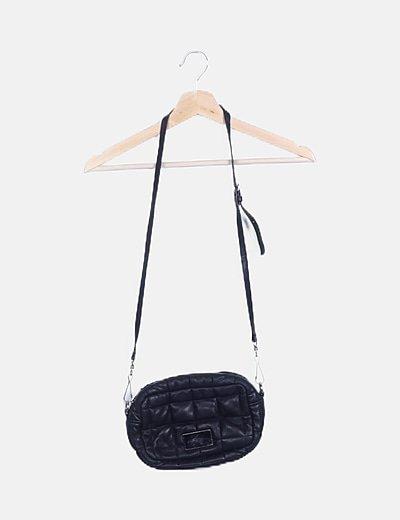Bolso mini negro acolchado