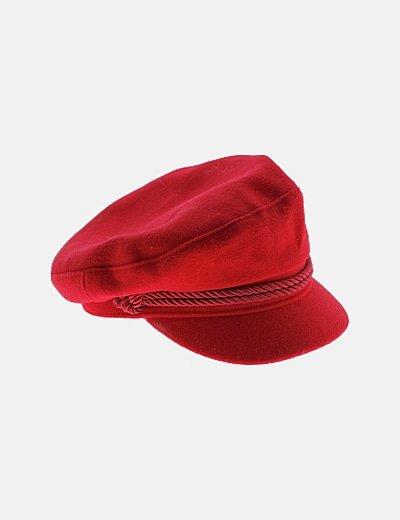Gorra roja de paño