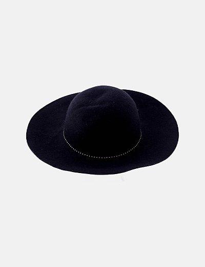 Sombrero paño negro detalle tachas