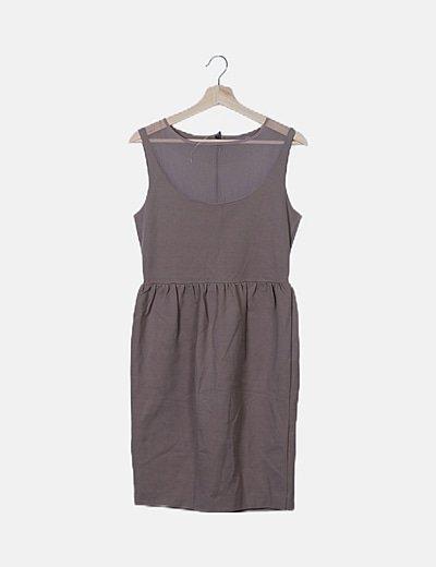 Vestido taupe combinado