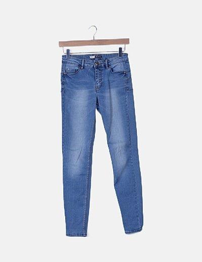 Jeans pitillos azules push up