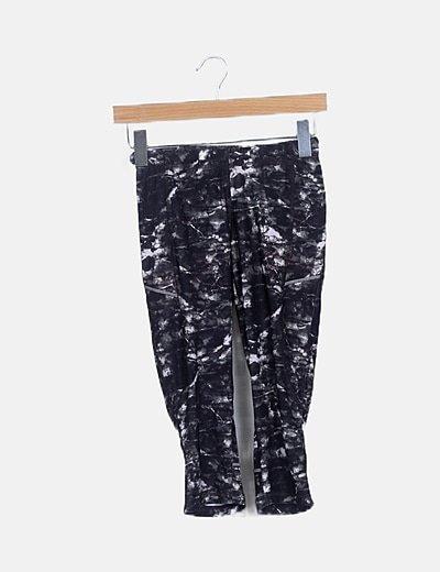 Pantalón elástico verde camuflaje