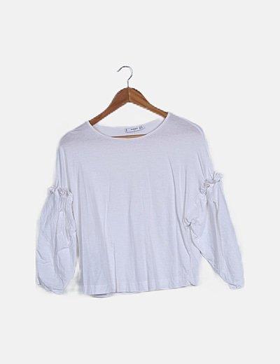 Camiseta blanca manga perlas