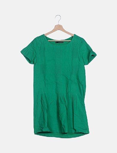 Vestido verde detalles plisados