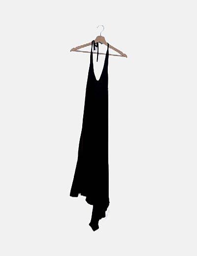 Vestido fluido negro escote espalda