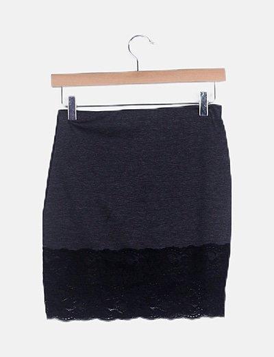 Falda mini punto con encaje