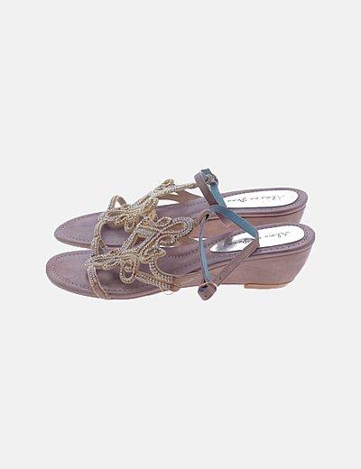 Sandalia dorada strass