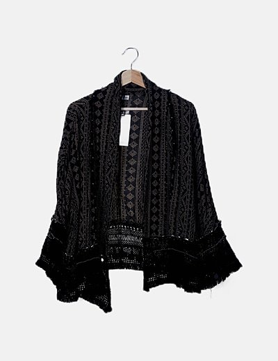 Kimono negro étnico con flecos