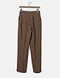 Pantalón chino marrón de pinza El Caballo