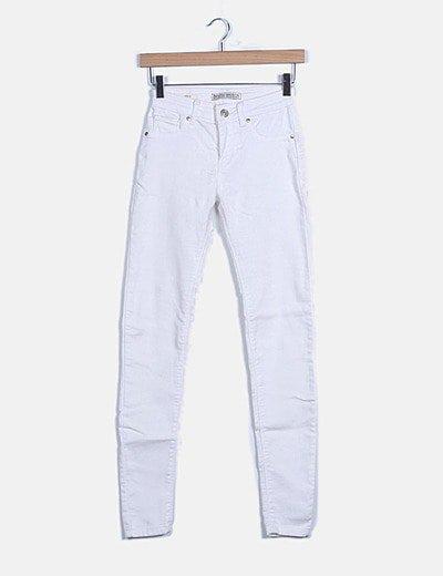 Pantalón pitillo blanco