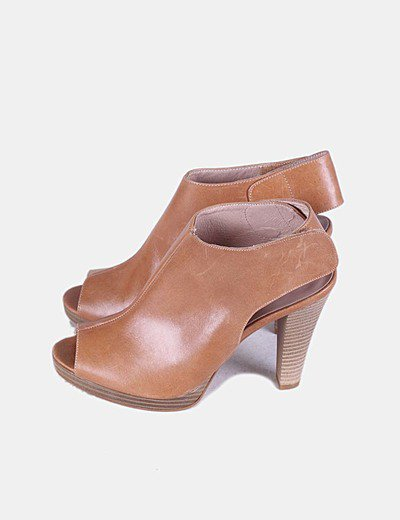 Sandálias de tacão Salmagodi