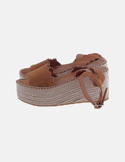 Sandalias plataforma ante marrón
