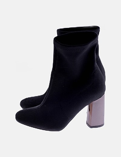 Botines calcetín negro tacón metalizado
