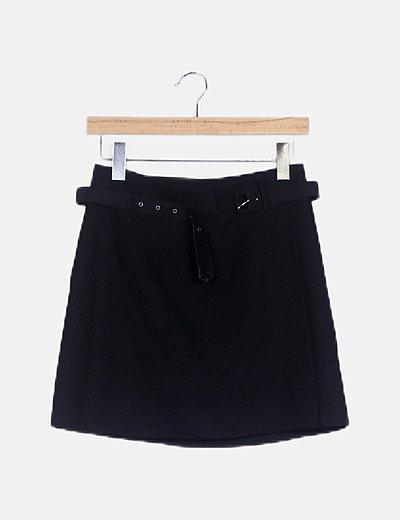 Mini falda negra cinturón